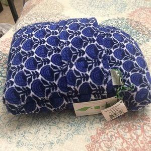 Vera Bradley fleece travel blanket cobalt blooms